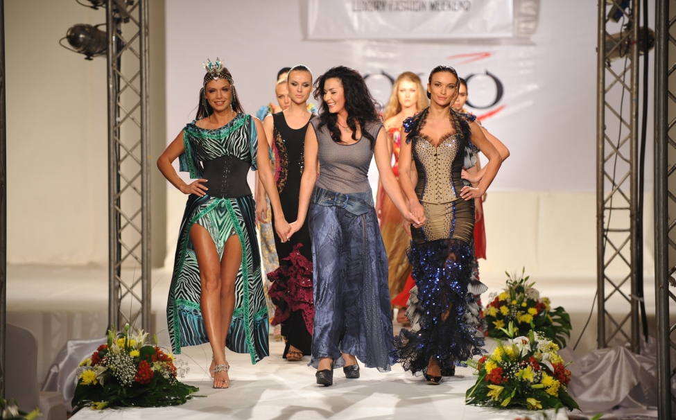 Models' show from Ukrainian designers in Egypt
